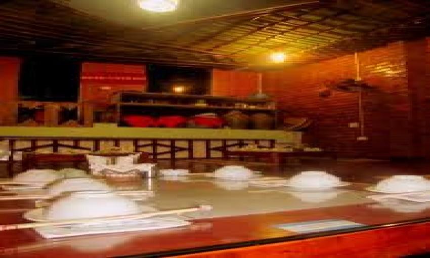Nhà hàng Đoàn Đen