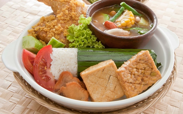 """Tìm hiểu phong tục """"bốc"""" của người Indonesia 3"""