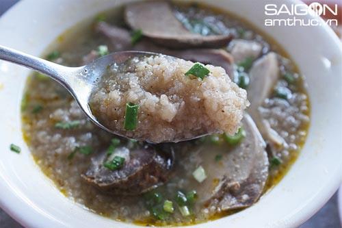 Đi ăn cháo lòng phố Nguyễn Thị Sáu 4