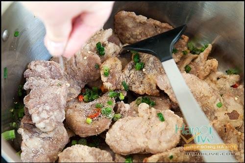 Se lạnh ăn thịt heo chiên muối ớt, Ẩm thực, am thuc, thit heo chien, mon ngon, bot ngo, mon ngon de lam