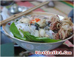 Tết Chôl Chnăm Thmây về Bạc Liêu ăn bún ngải