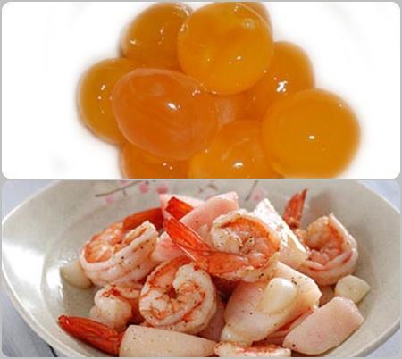 Món ngon ngày tết: Tôm rang trứng muối