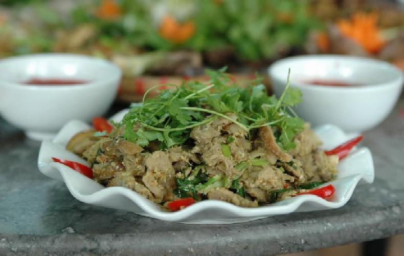 Món ngon ngày tết: Thịt lợn xào sả ớt