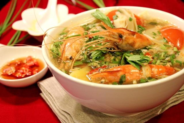 Cách làm món canh chua tôm bắp chuối