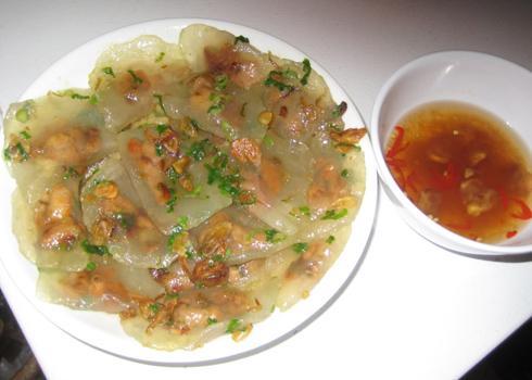 Món ngon xứ Huế: Bánh bột lọt nhân tôm