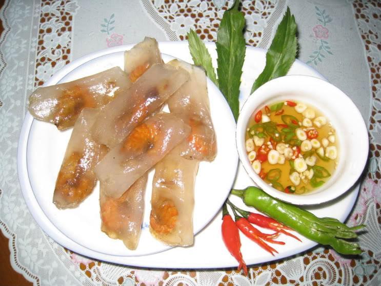 Bánh bột lọc nhân tôm - Món quà của người Huế