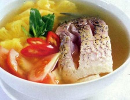 Món ngon, lạ: Canh cá trắm nấu thịt gà