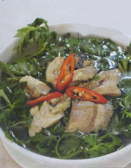 Nấu canh cá rô ngon với ngải cứu