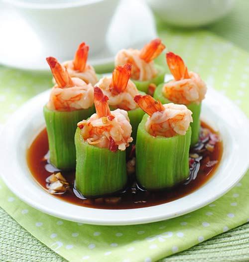 Món ngon bữa tối: Mướp nhồi tôm hấp xốt hải sản