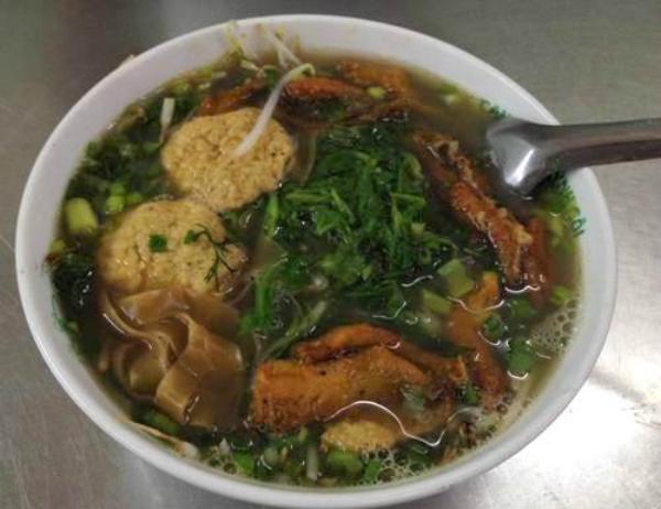Canh cá Quỳnh Côi