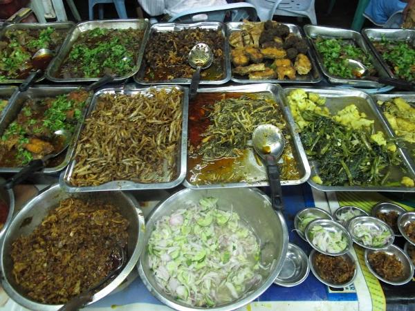 Buffet ẩm thực tại Myanmar