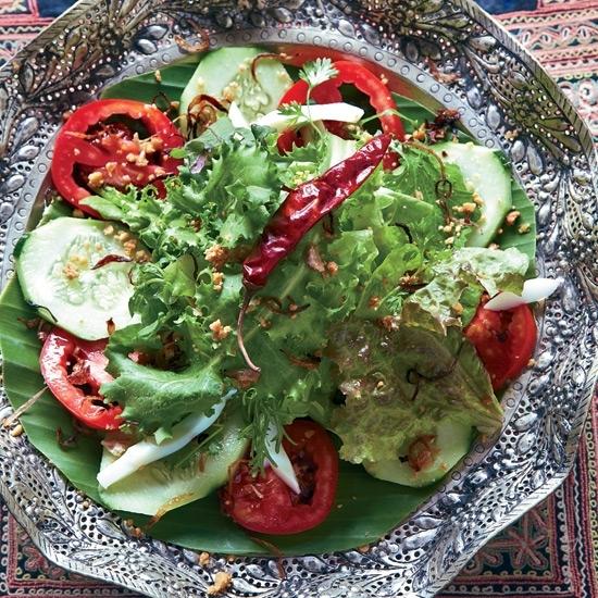 Salad đậu và hẹ chiên, Lào