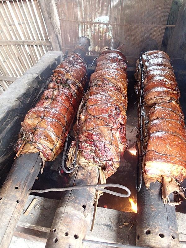 Thịt lợn quay đòn 2