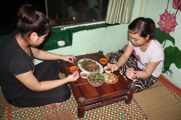 Xuýt xoa mãi không thôi món ốc ngon Hồ Tây tại Tửu Quán Ốc1