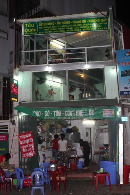 Xuýt xoa mãi không thôi món ốc ngon Hồ Tây tại Tửu Quán Ốc28
