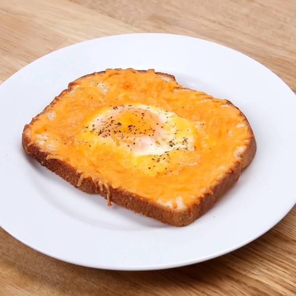 Bánh mỳ sandwich nướng trứng phô mai