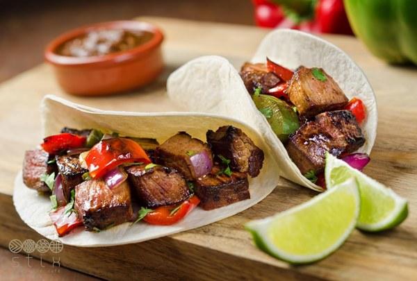 Bánh kẹp Mexico thịt bò