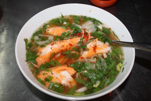 Bánh canh cá lóc - Đặc sản miền trung