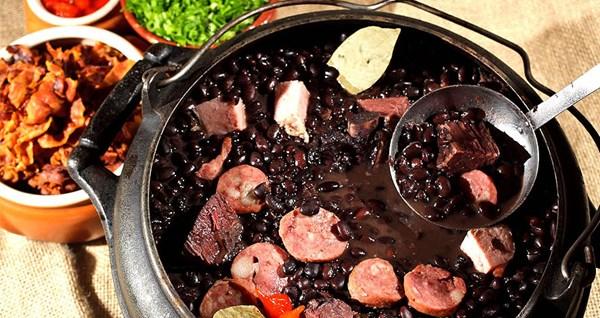 Feijoada - món ăn truyền thống độc đáo của Brazil 1