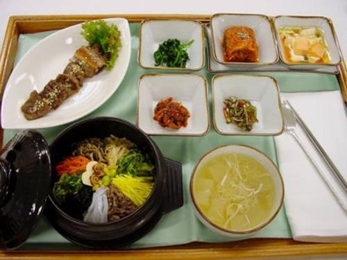 các món ăn từ gạo và khoai tây trong đầu năm mới của người Hàn Quốc