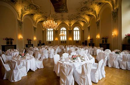 Nhà hàng Stiftskeller St.Peter tại Áo