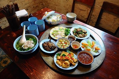 Mâm cơm Việt