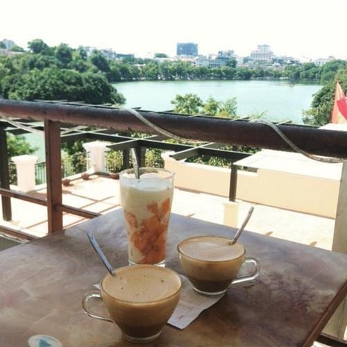 Cà phê Vườn Phố Cổ