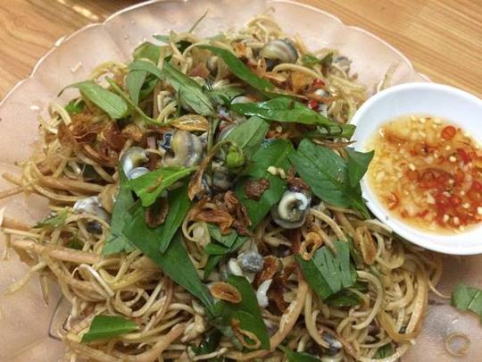 Gỏi ốc gạo bắp chuối