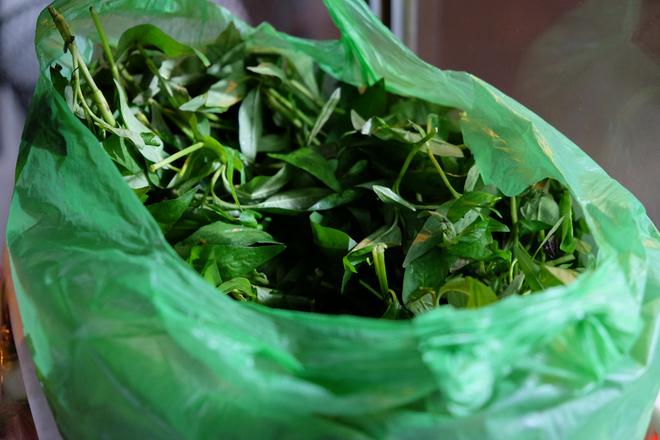 Những món nướng vỉa hè Sài Gòn kẻ chê người mê 7