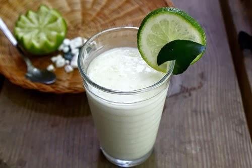 Sinh tố chanh sữa tươi