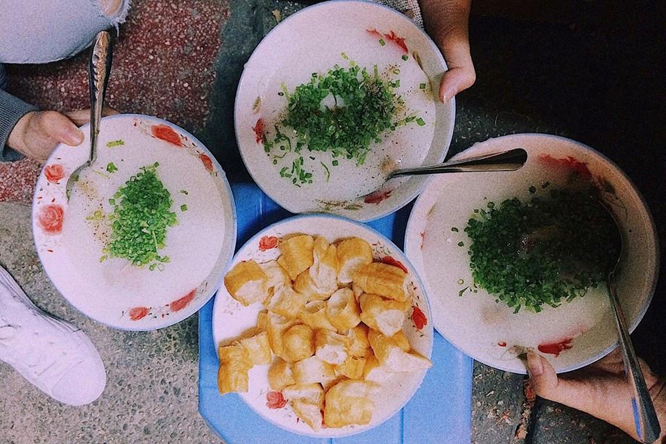 Cháo sườn chợ Tân Định