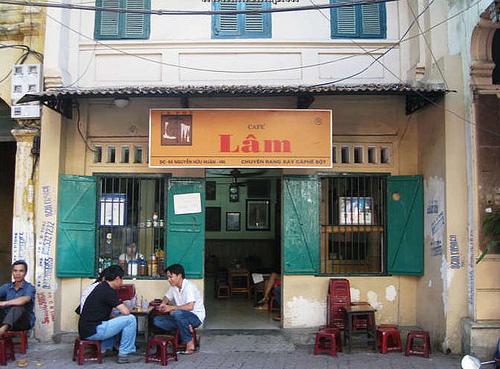 Cà phê Lâm phố Nguyễn Hữu Huân