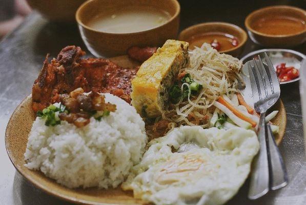 Cơm tấm Sài Gòn