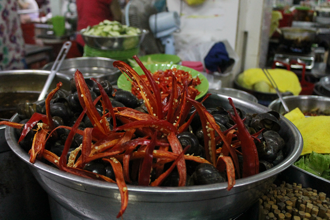 Ốc xào dừa-món ăn ngon tại Chợ Cồn