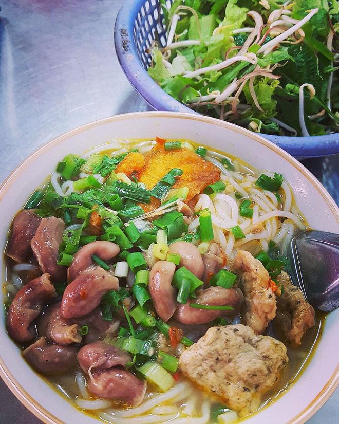 4 quán bún cá thơm lừng ở Hà Nội mở cả ngày cho fan cuồng bún cá10
