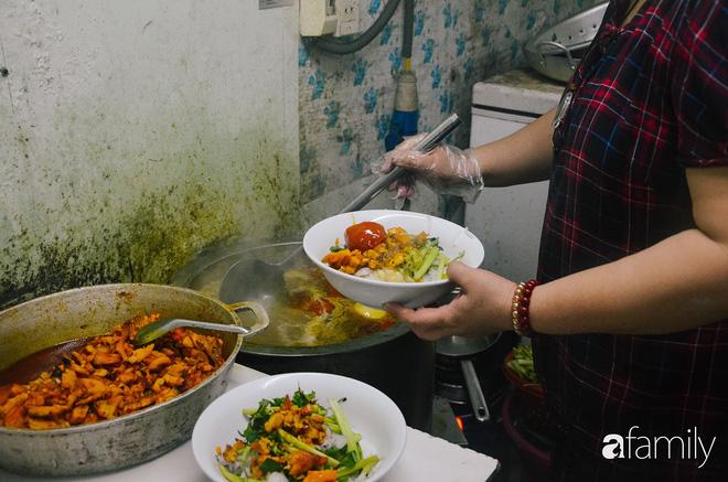 4 quán bún cá thơm lừng ở Hà Nội mở cả ngày cho fan cuồng bún cá11