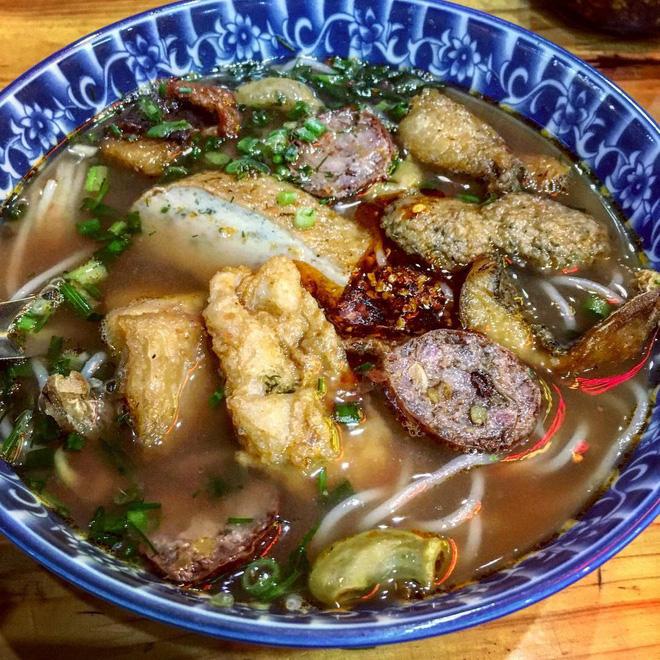 4 quán bún cá thơm lừng ở Hà Nội mở cả ngày cho fan cuồng bún cá9