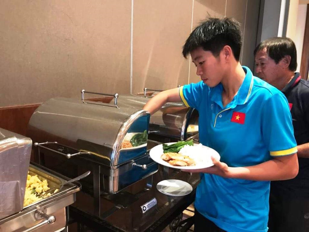 Ăn gì để khỏe như các cầu thủ Việt Nam?5