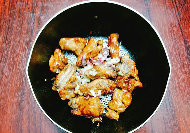 Cách làm sườn kho củ cải – Món ăn số 1 trong ngày mưa lành lạnh6