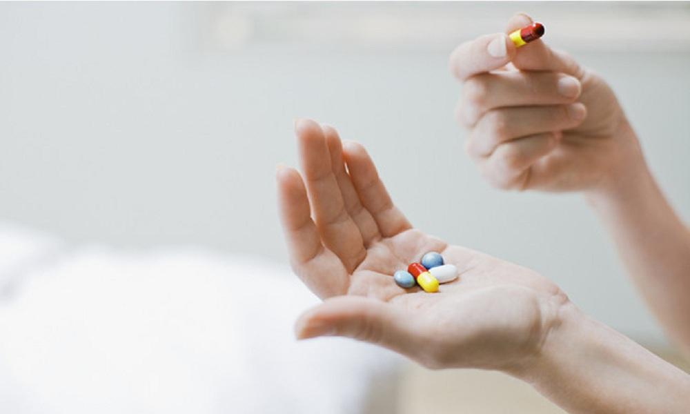 Chuyên gia cảnh báo: Những điều phụ nữ không nên làm khi đang uống thuốc kháng sinh3