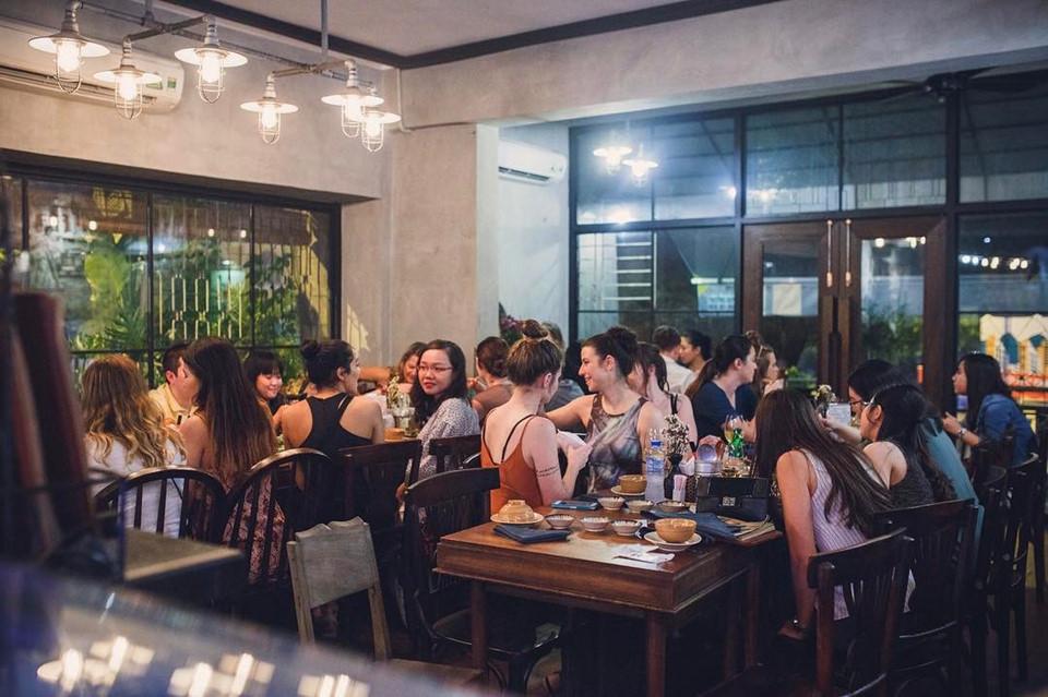 Quán cơm nhà ngon view đẹp thân thương ở Sài Gòn 10