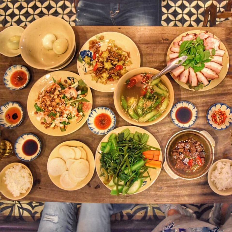 Quán cơm nhà ngon view đẹp thân thương ở Sài Gòn 11