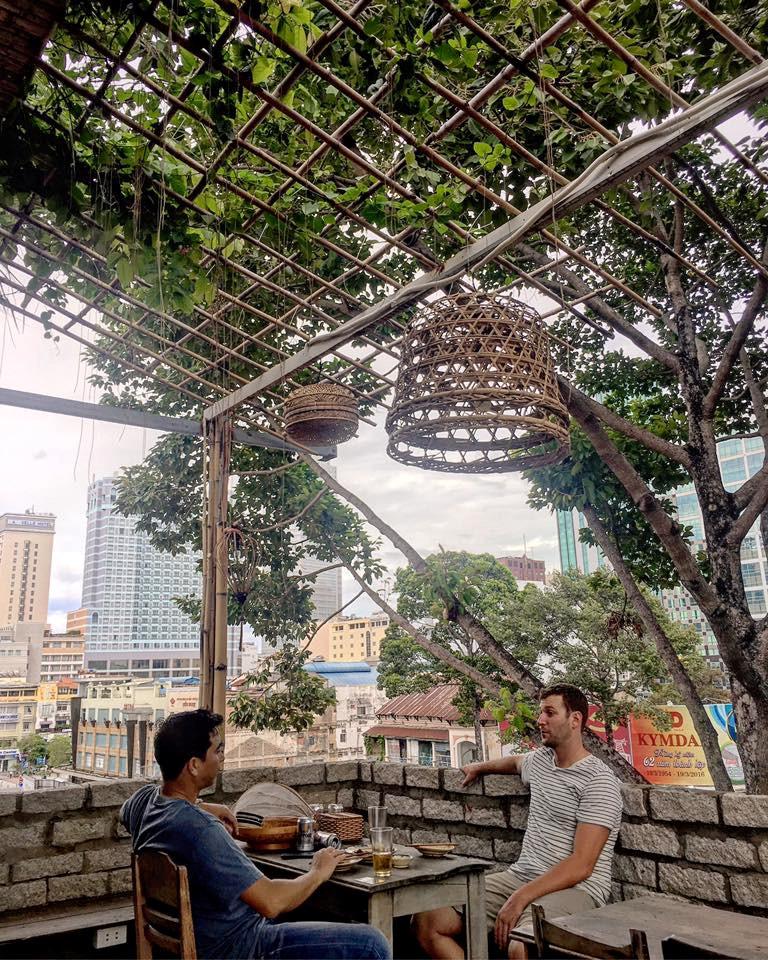 Quán cơm nhà ngon view đẹp thân thương ở Sài Gòn 5