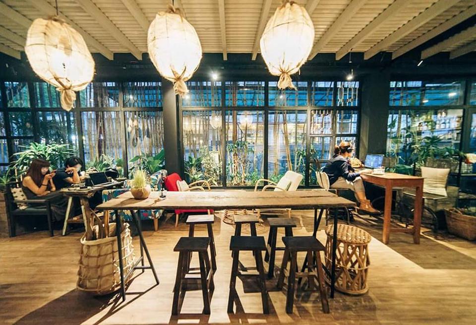 Quán cơm nhà ngon view đẹp thân thương ở Sài Gòn 6