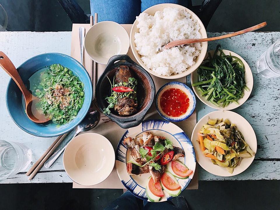 Quán cơm nhà ngon view đẹp thân thương ở Sài Gòn 7