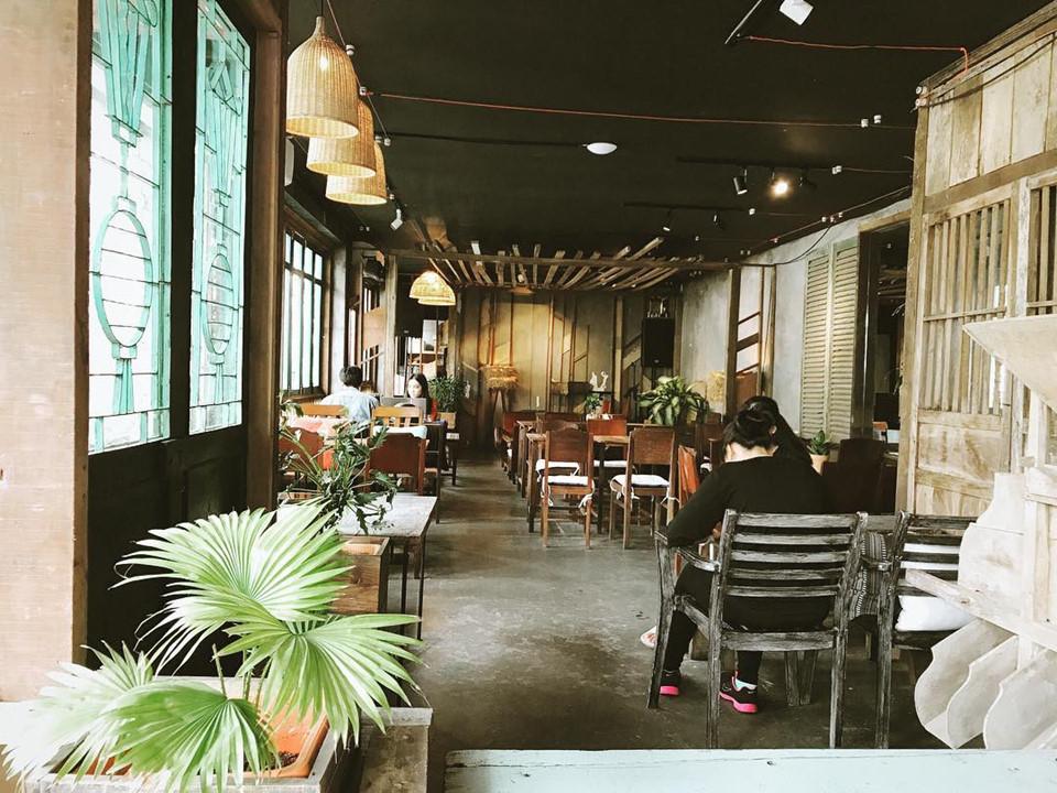 Quán cơm nhà ngon view đẹp thân thương ở Sài Gòn 8