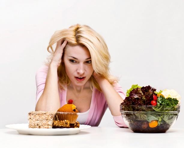 SOS: Thói quen ăn nhanh ảnh hưởng đặc biệt nghiêm trọng đến sức khỏe cọn người4
