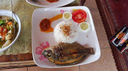 Tổng hợp những món ăn bình dân, đường phố nhất định phải ăn khi đến Indonesia1