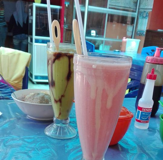 Tổng hợp những món ăn bình dân, đường phố nhất định phải ăn khi đến Indonesia12