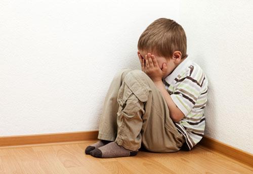 """Vì sao trẻ sợ đi học? Thì ra là chứng """"rối loạn lo âu chia ly""""1"""